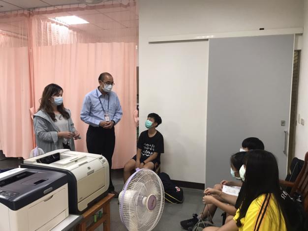 臺南市某國中家政課疑似食品中毒,教育局通函要求各校明訂食材製備規範