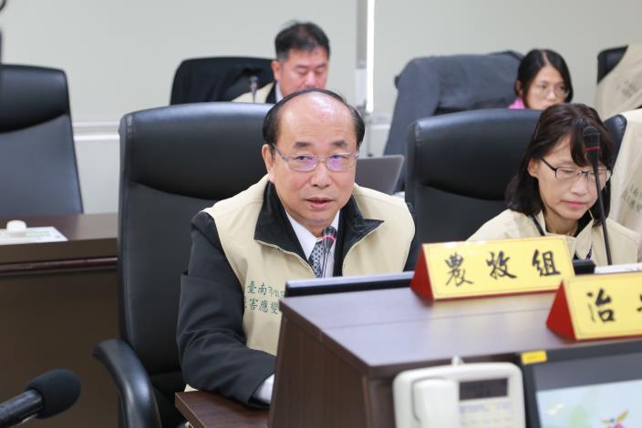 農業局長說明非洲豬瘟緊急應變策略