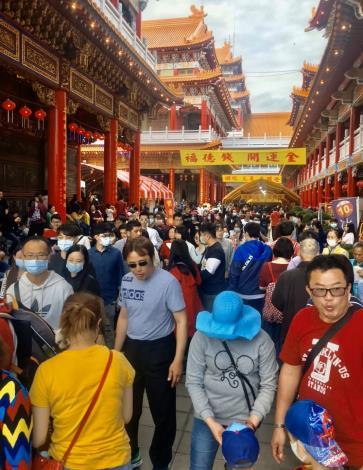2020年臺南市小年夜至初五觀光人次644萬人次 初二、初三住宿率破9成(共5張)-1