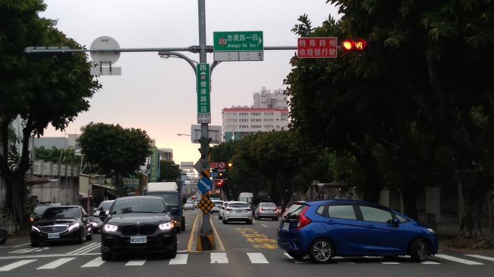 非遲閉方向加設紅燈倒數顯示及告示牌面-4(共同)