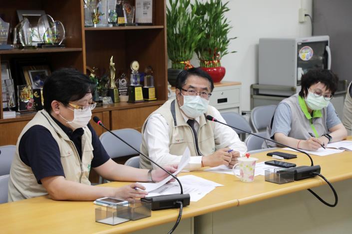 0517與專責醫院院長召開第一次防疫會議01