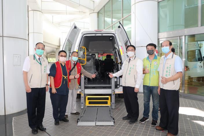 IMG_4434復康巴士捐贈儀式 (5).JPG