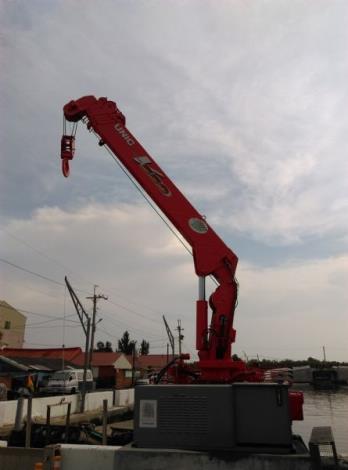 下山漁港起重機