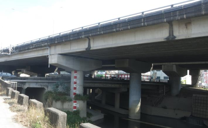 解決水患改建仁德萬代橋 市長實踐允諾拼5月開工-橋下現況