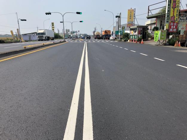 國道1號安定交流道聯絡道前入口路段