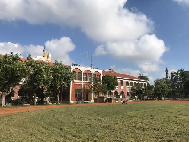 疫情趨緩  臺南市宣布自5月7日起恢復校園戶外開放空間及場地供市民健身