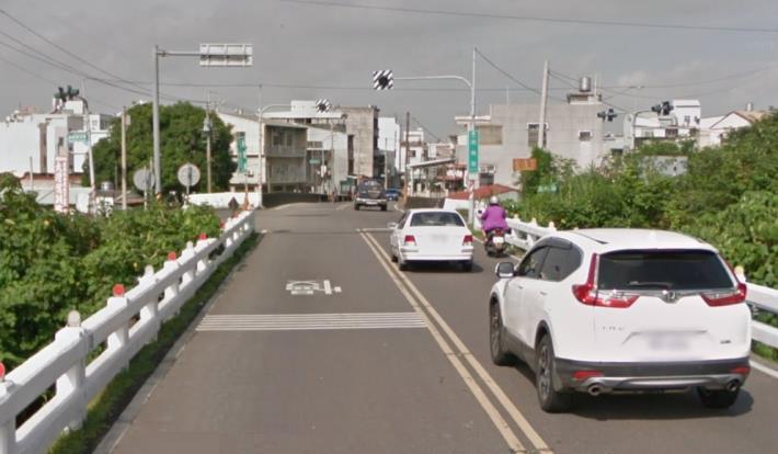新灣橋寬度不到8公尺