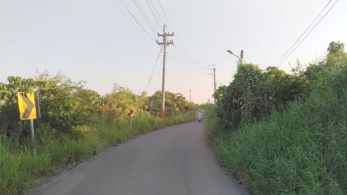 原既有道路狹小寬度僅約5至6公尺