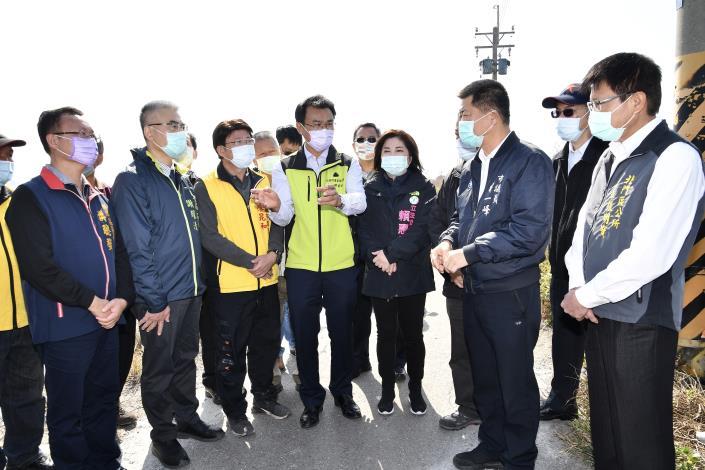圖3.陳吉仲主委宣布從速、從寬的寒害魚損認定標準