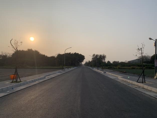 工程施工中路面
