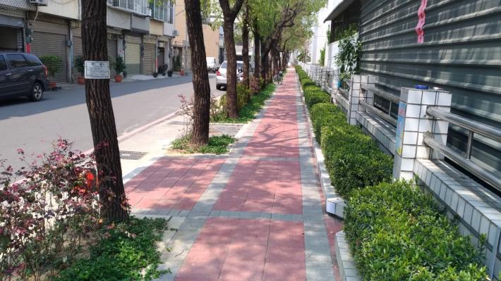 永康區崑山國小人行道
