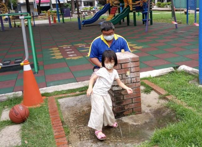 南門公園遊戲區水龍頭