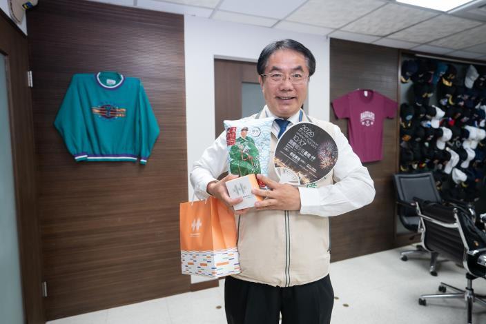 國慶焰火貴賓點心  台南市政府「金甘蟹」