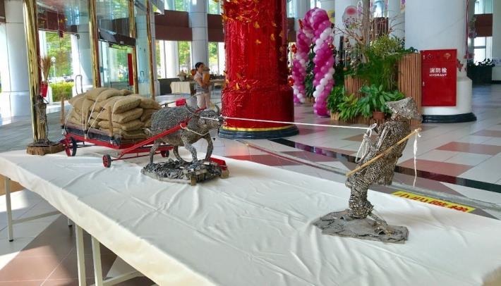 25-林允力鋼雕作品-任勞任怨的台灣牛