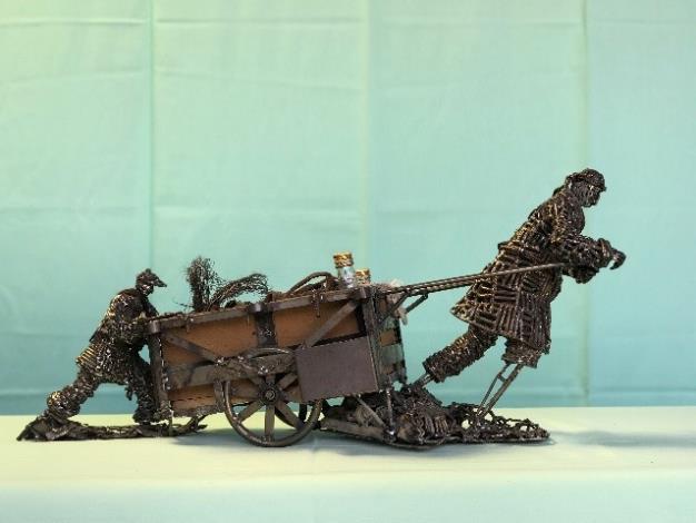 11-林允力鋼雕作品-撿歹銅舊錫