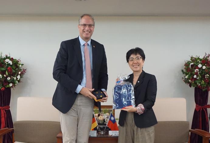 德國綠能重鎮訪問臺南 什霍邦議會基民黨團主席拜會王時思副市長(共2張)-1