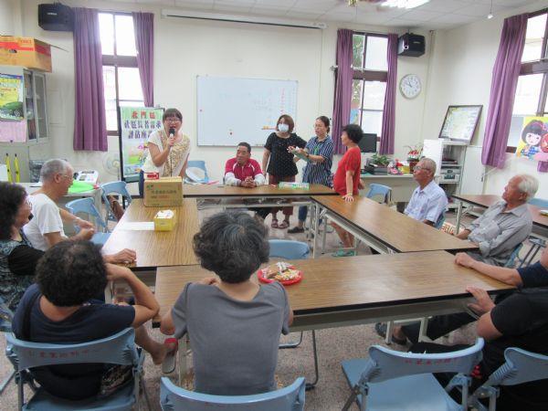 仁里里長者需求座談會討論強化獨居老人供餐問題