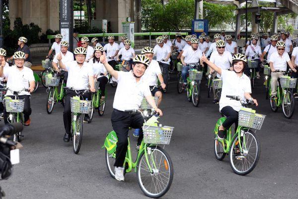 市長率市府團隊騎T-Bike單車輕旅行