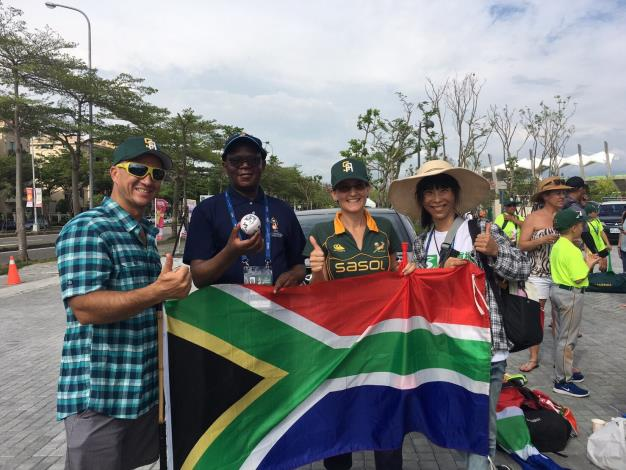 South African Representative Travels to Tainan to Show Support for U12 South African Athletes-3