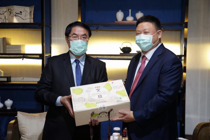 Mason Yu Assumes the Position as Chief of AIT's Kaohsiung Branch Office. Tainan Mayor Huang Wei-che Looks forward to Strengthening U.S.-Taiwan Collaborations. 4