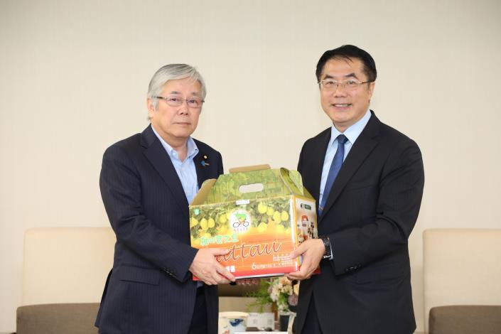 自民党議員が台南市を訪問 日台の友好交流促進に期待-2
