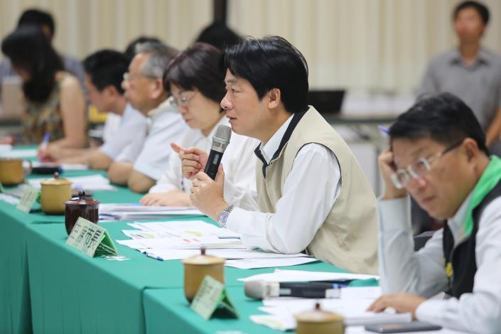 市長主持登革熱流行疫情指揮中心第15次會議