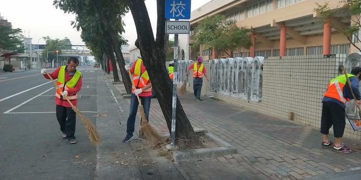 辦理11月份環境清潔日暨區里病媒蚊密調評比活動5