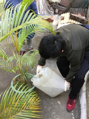 辦理11月份環境清潔日暨區里病媒蚊密調評比活動6