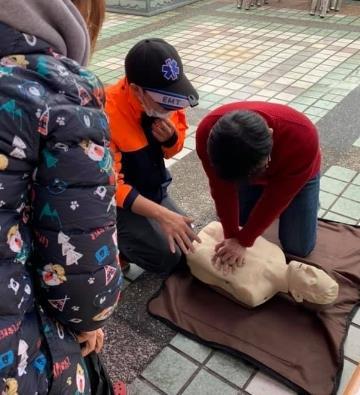 民眾CPR教學