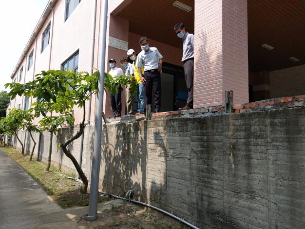 相對遇到豪雨時便能讓院生迅速且安全的垂直疏散撤離至新園區2
