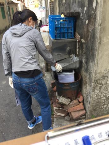 西埔里積水容器清除2
