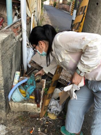 西埔里積水容器清除