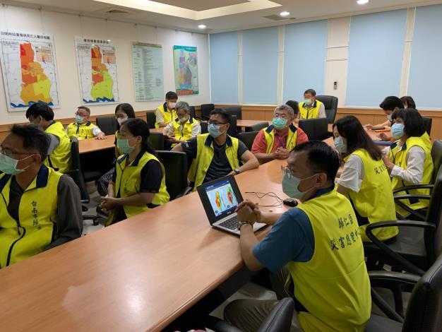本區指揮官柳世雄指示各組做好相關防汛整備工作