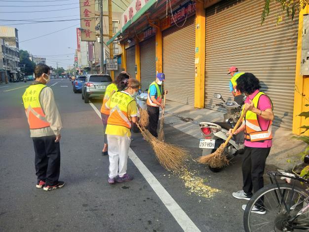 環保義工隊進行環境清潔打掃3