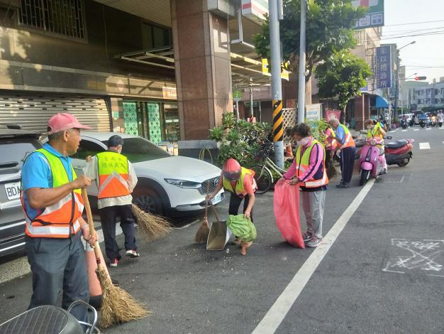 環保義工隊進行環境清潔打掃4