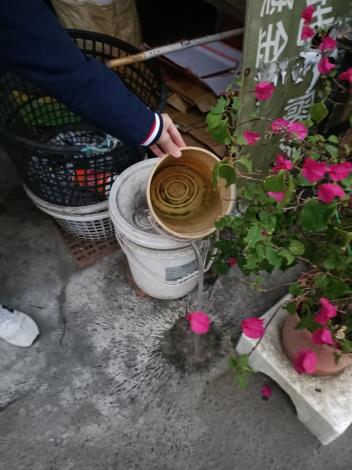 登革熱病媒蚊孳生源清除3