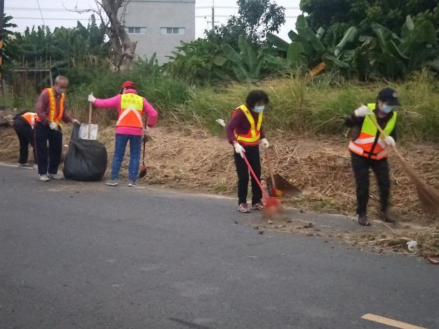 義工隊進行環境清潔1