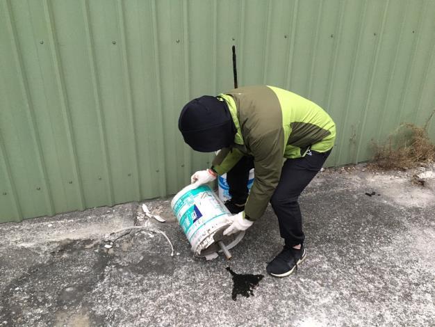 清除居家環境室內外積水容器