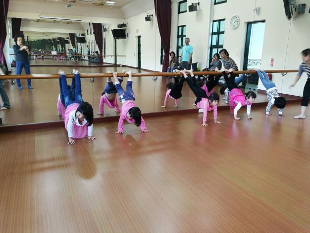 1-3月幼兒民族舞蹈體驗營_