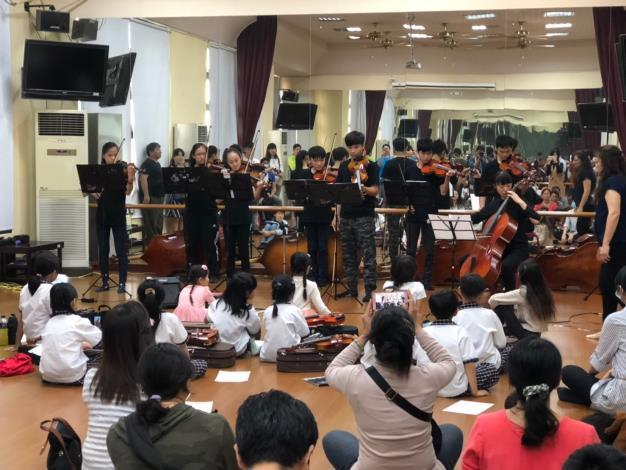 2月16日沙崙國中小提琴班表演