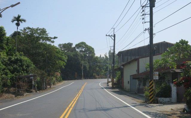 東山區南99線道路完成路平
