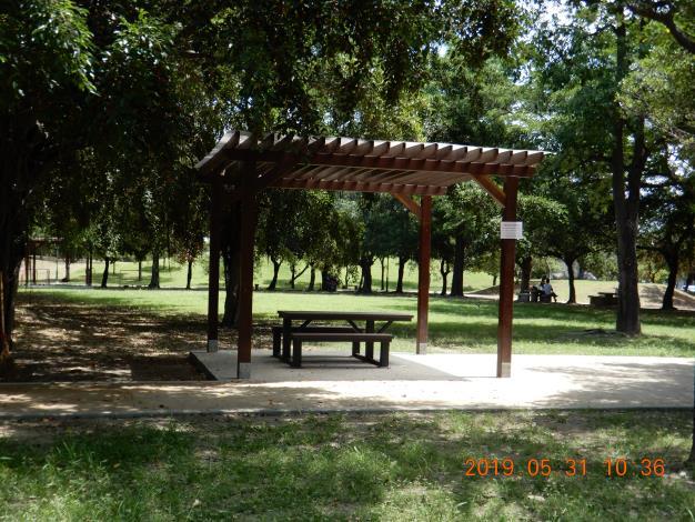 明和公園整修工程-環木涼庭