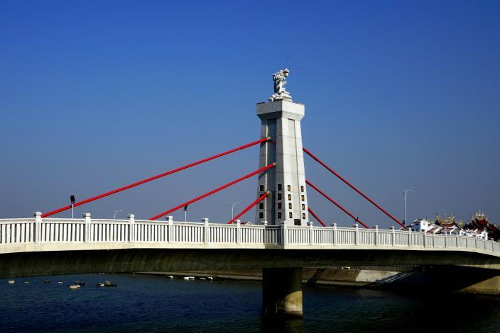 跨鹿耳門溪橋樑工程-側拍與天后官相應