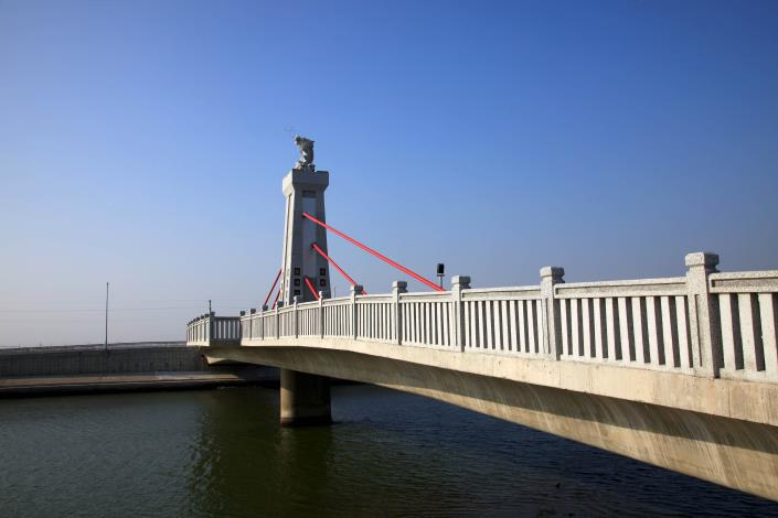 跨鹿耳門溪橋樑工程-南面側拍
