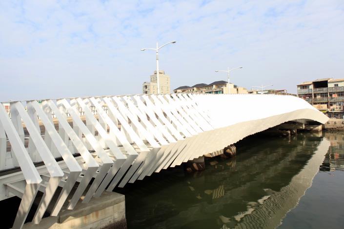 承天橋改建工程-白天側面造型