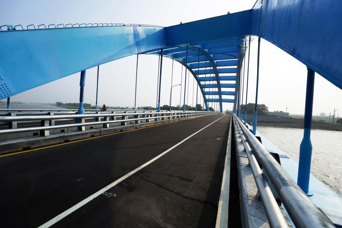 華宗橋-路面平整