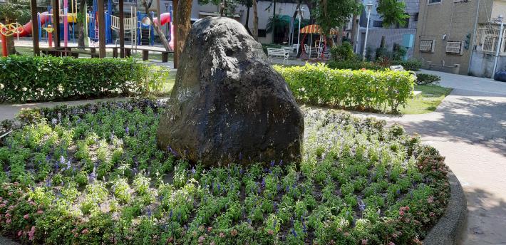 廣州公園名石景設