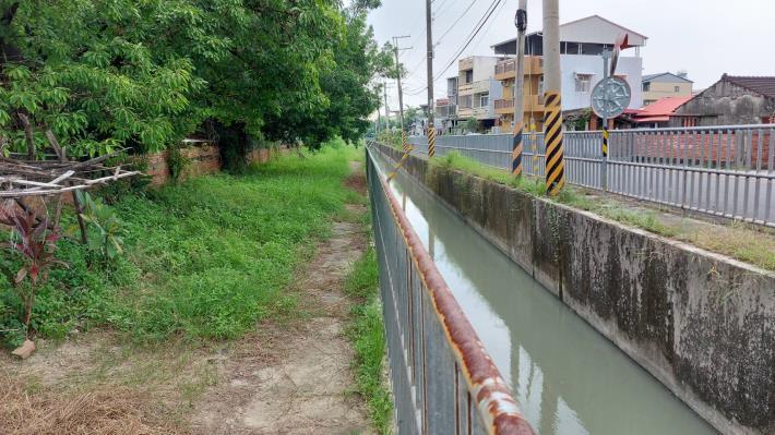 圖2-嘉南大圳沿線景觀營造,將與新化國中、新化國小邊界縫合