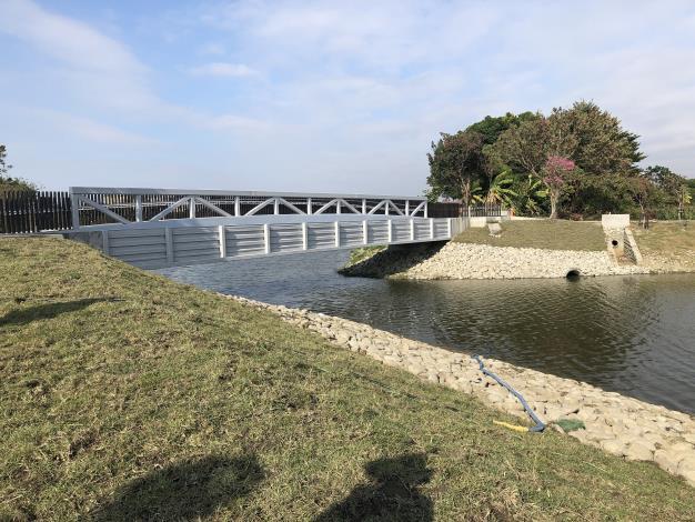 照片八、月津港渡槽橋改造工程完工