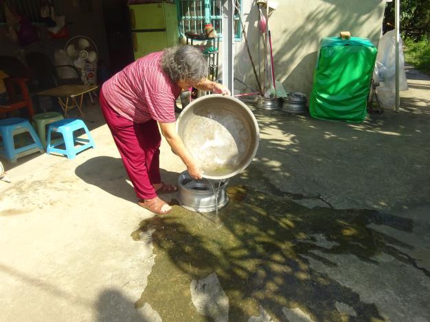 發現積水盆,請民眾倒乾